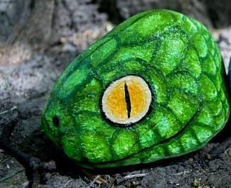 Tiere auf Steine malen